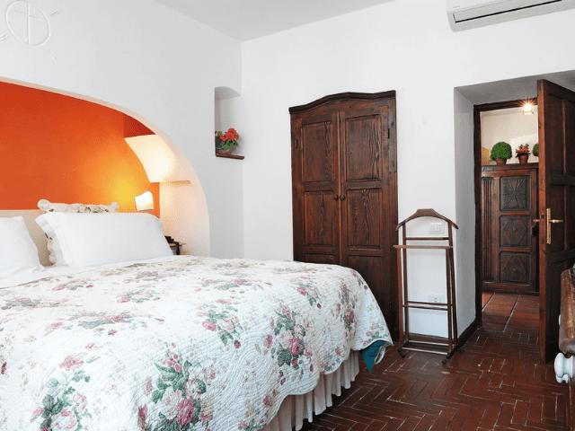 hotel lucrezia - riola sardo - sardinie (33).png