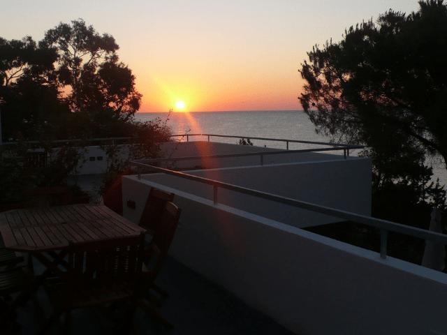 huisje op sardinie aan zee - appartement lungomare orosei - sardinia4all (4).png