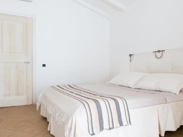 sardinie luxe villas - villa silvia - sardinia4all (8).png