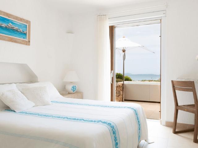 huis aan het strand op sardinie - beach villa golfo aranci - sardinia4all (31).png