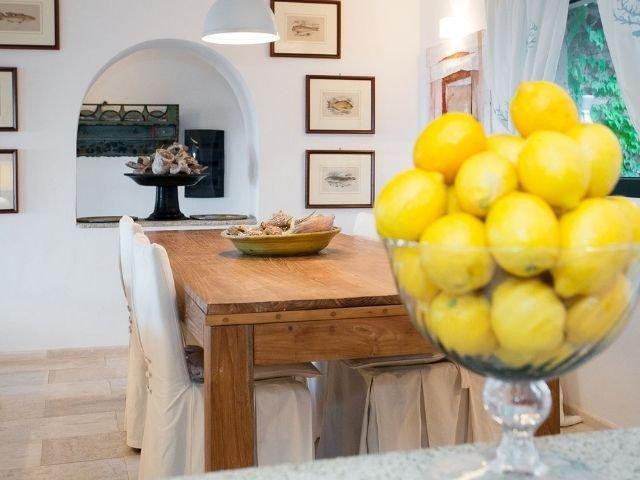luxe villas sardinie- villa milaggiu - sardinia4all (22).jpg