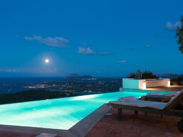luxe villas sardinie- villa milaggiu - sardinia4all (9).jpg