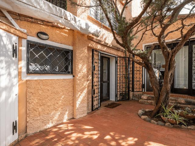 luxe huis sardinie met zeezicht en zwembad (39).png