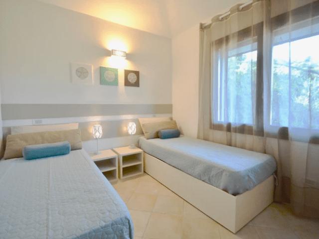 bungalow aan zee op sardinie (4).png