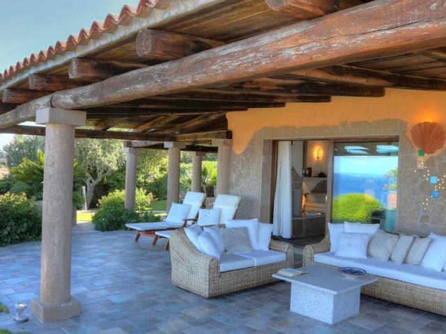 luxe vakantie villa cala granu in noord sardinie (6).png