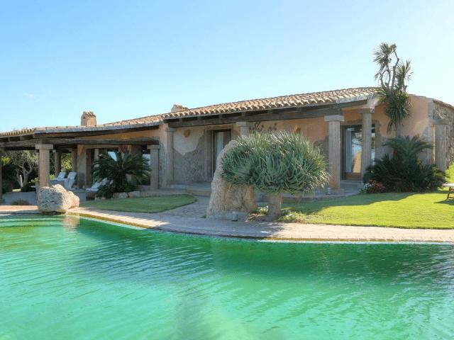 luxe vakantie villa cala granu in noord sardinie (28).png