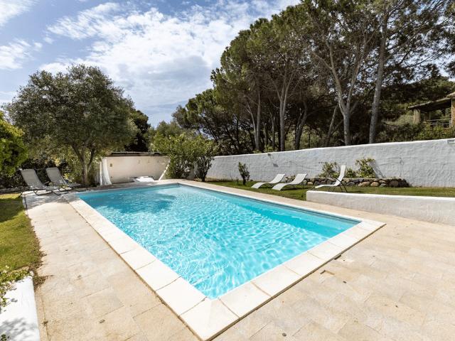 villa met zwembad - torre delle stelle (5).png
