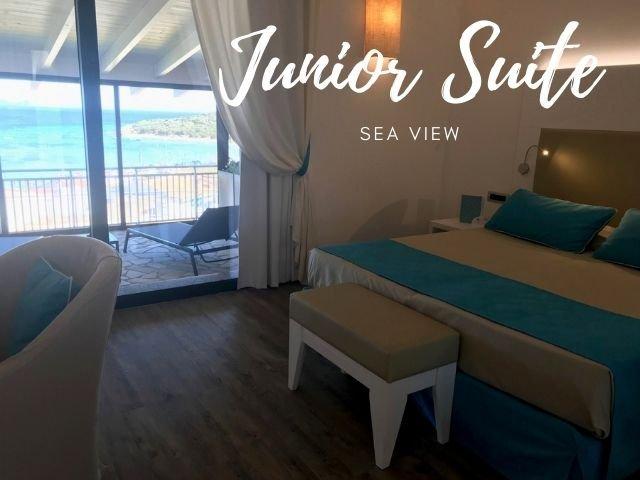 lu hotel maladroxia junior suite sea view 2022 - sardinia4all (2).jpg
