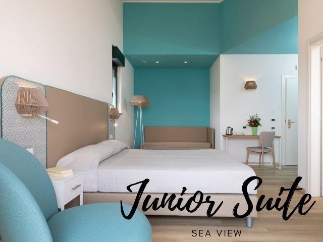 lu hotel maladroxia junior suite sea view 2022 - sardinia4all (1).jpg