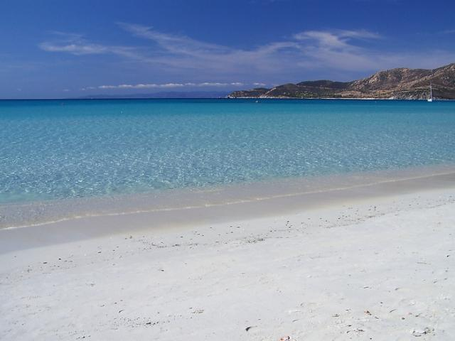 Holidays in Sardinia - beautiful beach in Villasimius