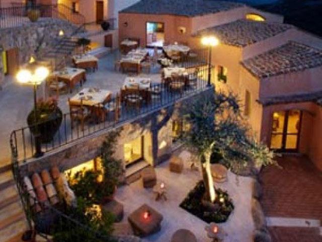 Terras - Hotel Arathena - San Pantaleo - Sardinië