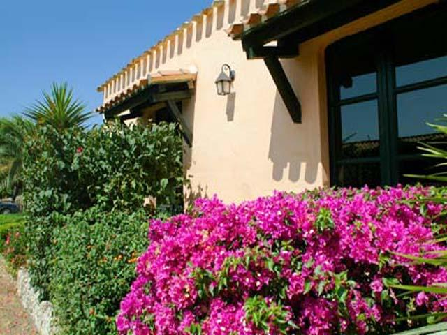 Hotel Sa Pedrera - Cabras - Oristano - Sardinië