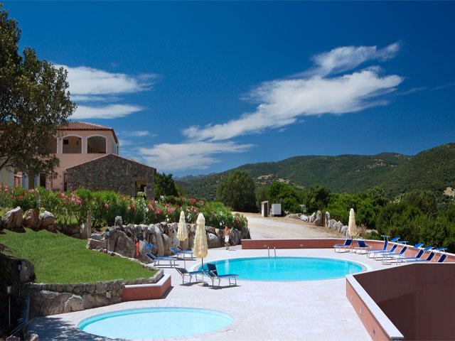 Hotel Valkarana - Sant' Antonio di Gallura - Sardinië