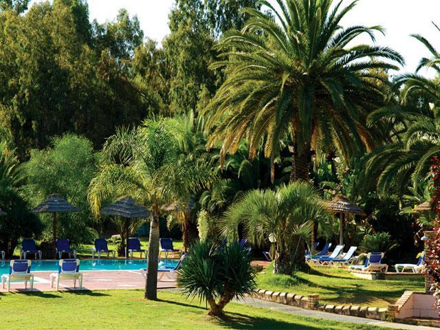 Zwembad - Baia delle Palme - S. Margherita di Pula - Sardinië - Foto