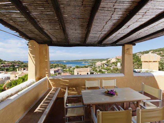 Appartement Bagaglino met een schitterend zeezicht terras -  Sardinie