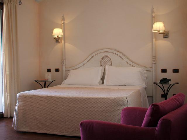 In Sa Contonera verschillen de kamers qua kleur (2)