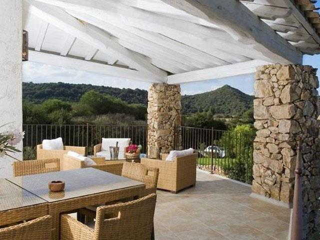 Villa in Villas Resort - Luxe vakantiehuizen met zwembad in Costa Rey - Sardinie (1)