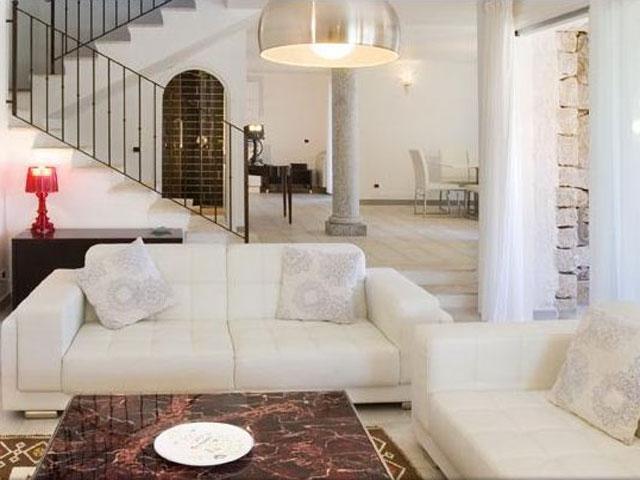Villa in Villas Resort - Luxe vakantiehuizen met zwembad in Costa Rey - Sardinie (12)