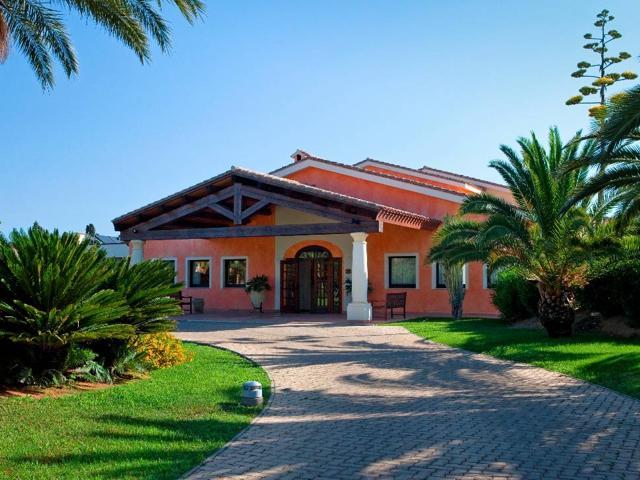 Entree - Hotel & Residence Lantana - Pula - Sardinië