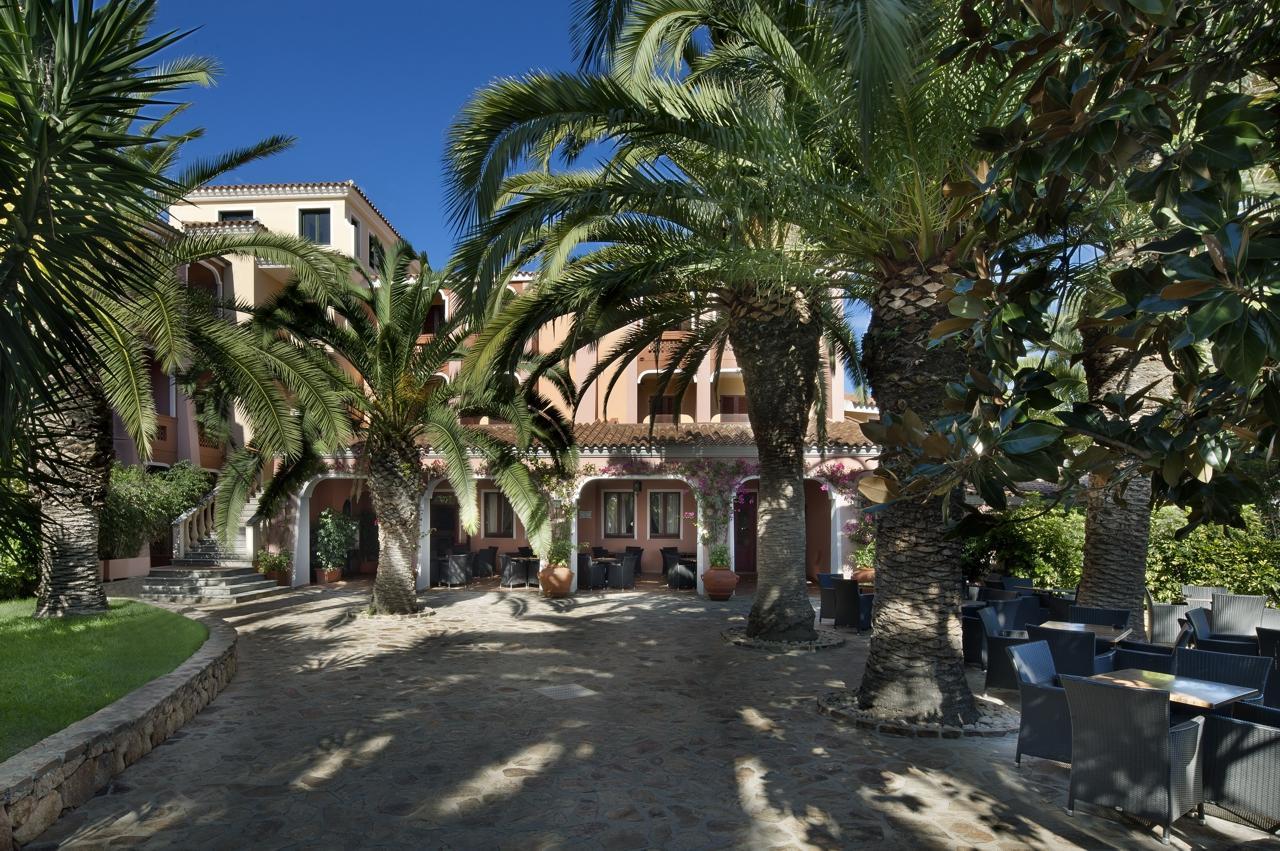 hotel orosei sardinie - cala ginepro resort - sardinia4all