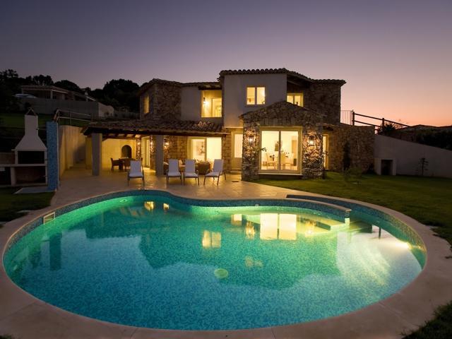 Villa in Villas Resort - Luxe vakantiehuizen met zwembad in Costa Rey - Sardinie (10)