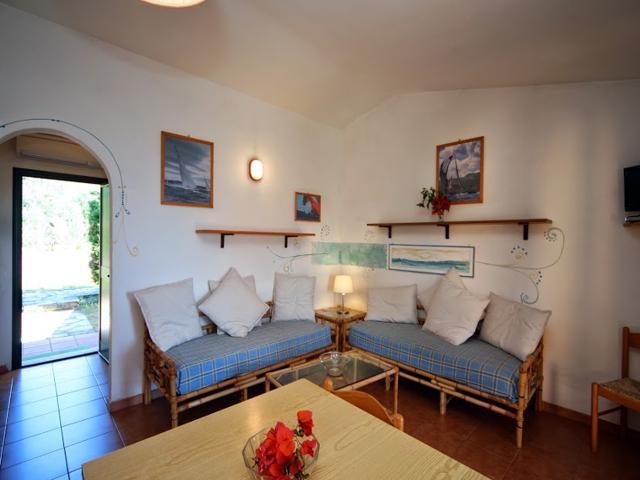 vakantiehuisjes-sardinie-residence-baia-salinedda-noordoost-sardinia