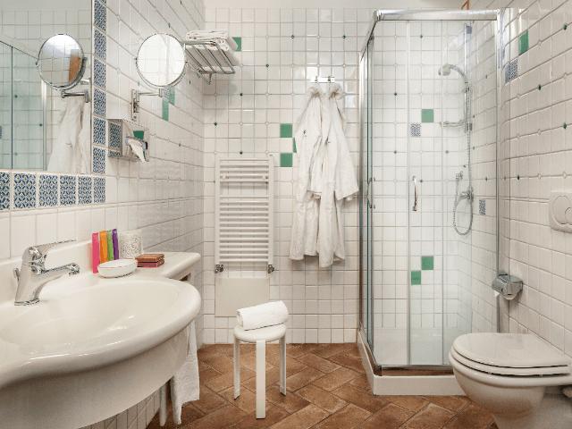 bathroom-classic-room-sardinia