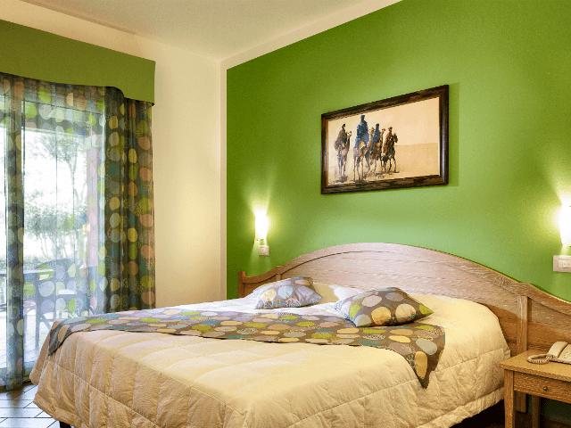 cruccuris-resort-classic-room