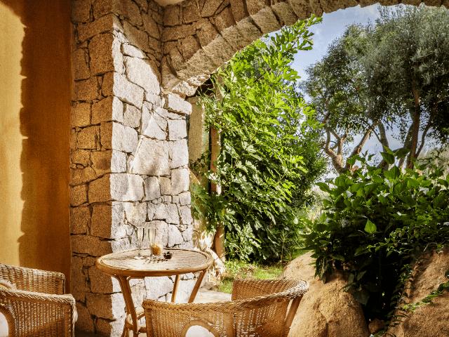 patio-classic-room-cruccuris