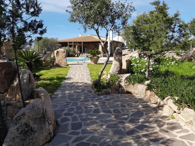 sardinie - huis met eigen zwembad - sardinia4all (4).png