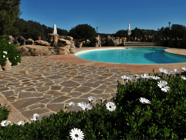 sardinie - huis met eigen zwembad - sardinia4all (1).png